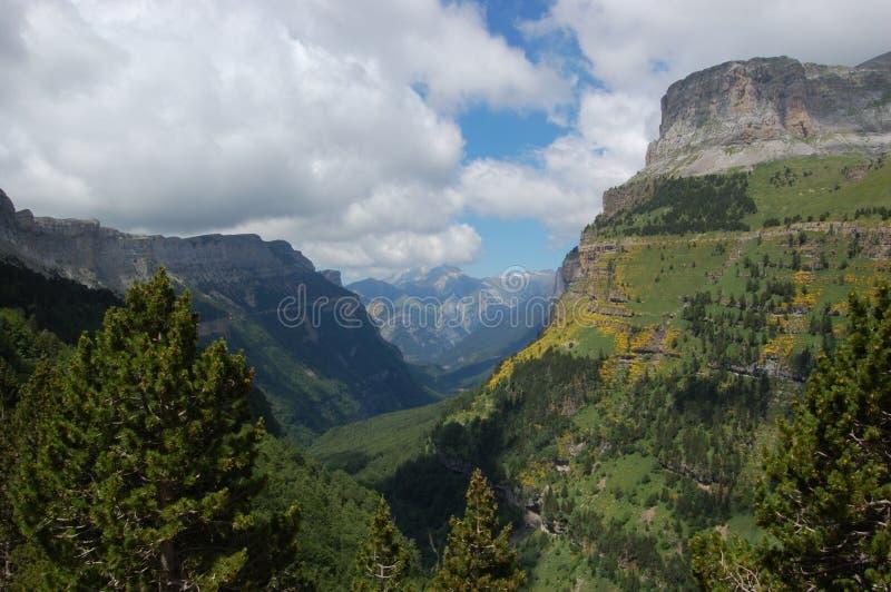 Montes de Pyrenees imagens de stock