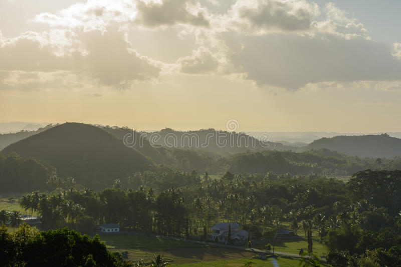 Montes do chocolate - marco principal da ilha de Bohol, Filipinas imagens de stock royalty free