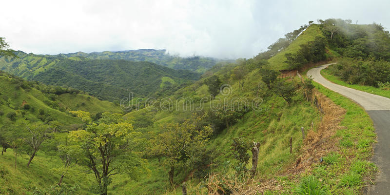 Montes verdes de Costa-Rica fotografia de stock royalty free