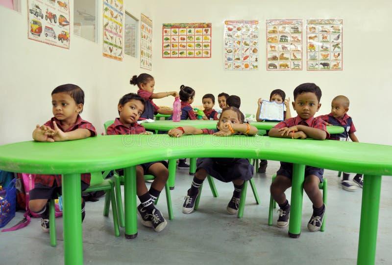 Montessori/класс Пре-школы стоковая фотография rf