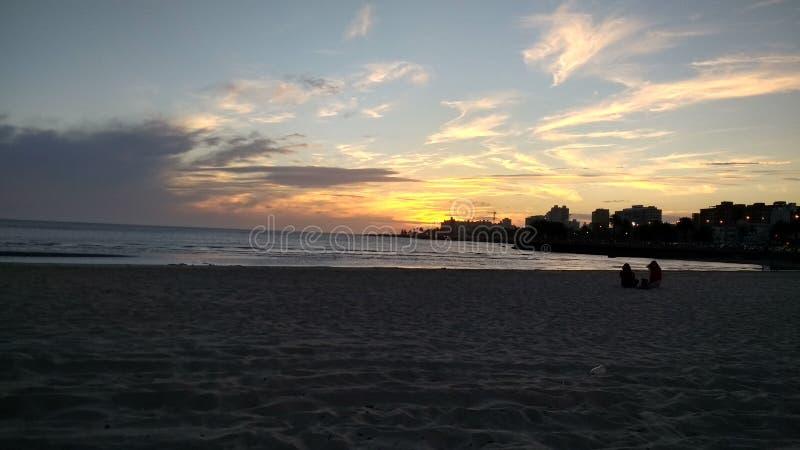 Montevideo bij zonsondergang op Rio de la Plata royalty-vrije stock afbeeldingen
