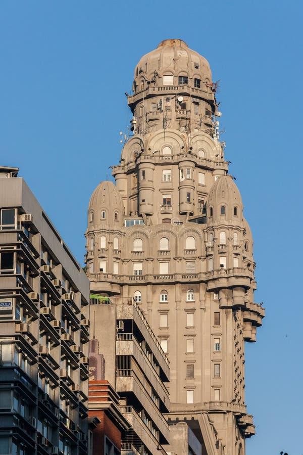 Montevideo Palacio Salvo Uruguay imagens de stock