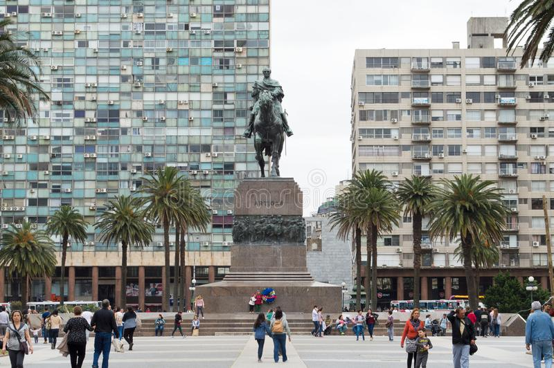 MONTEVIDEO, URUGUAY – OCTOBER 8, 2017: People in the square Independence. stock photography