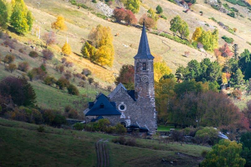 Montgarriheiligdom in de Pyreneeën, Spanje stock afbeelding