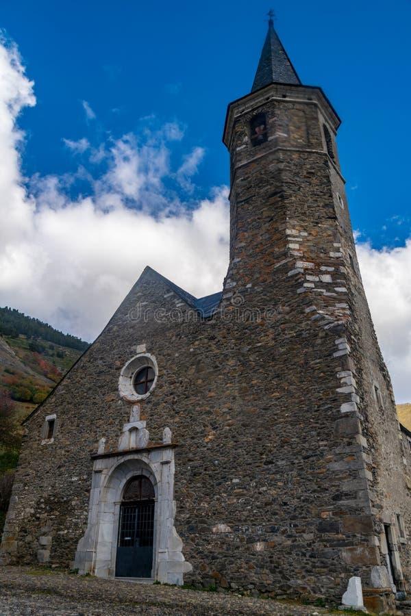 Montgarriheiligdom in de Pyreneeën, Spanje royalty-vrije stock foto's