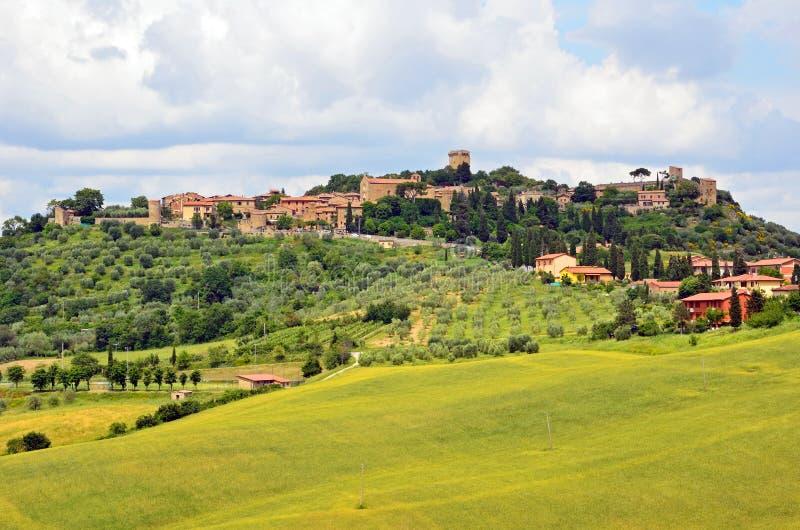 Monticchiello miasteczko zdjęcia stock