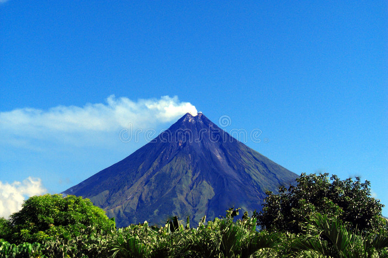 Montierung Mayon stockbilder