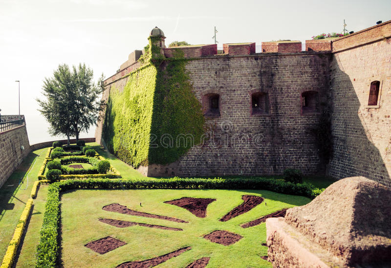 Montjuic slott Barcelona. Catalonia Spanien. arkivbilder