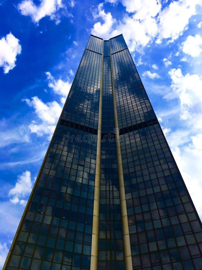 Montparnasse Kontrollturm stockfotos