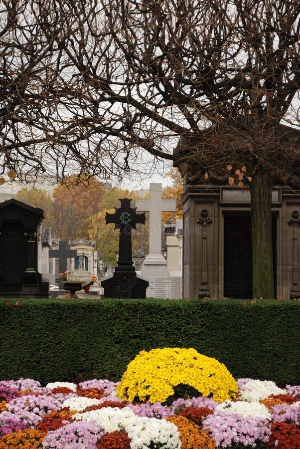 montparnasse paris кладбища стоковая фотография rf