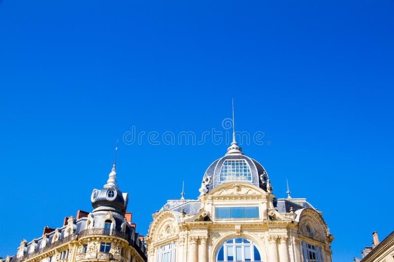 Montpellier, Francia Edificios históricos de en el lugar la Comedie en un día soleado fotografía de archivo libre de regalías