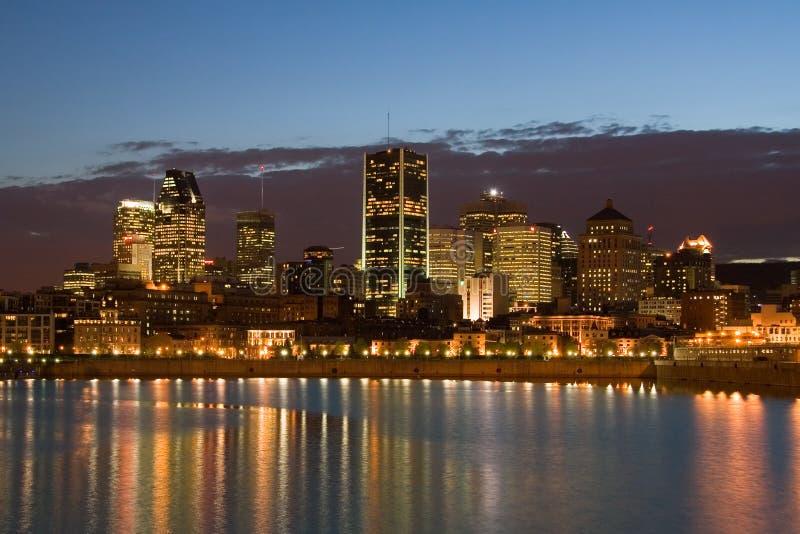 Montréal du centre la nuit photographie stock