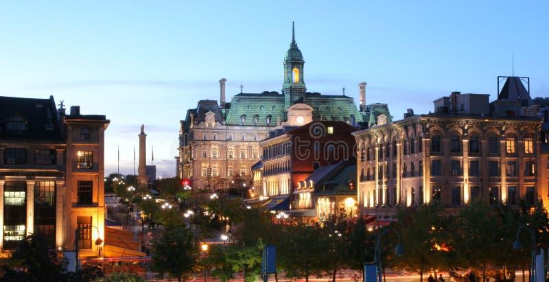 Montréal Jacques Cartier Place au crépuscule photos libres de droits