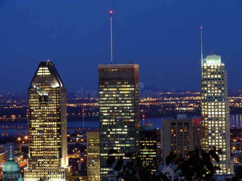 Montréal par nuit photos libres de droits
