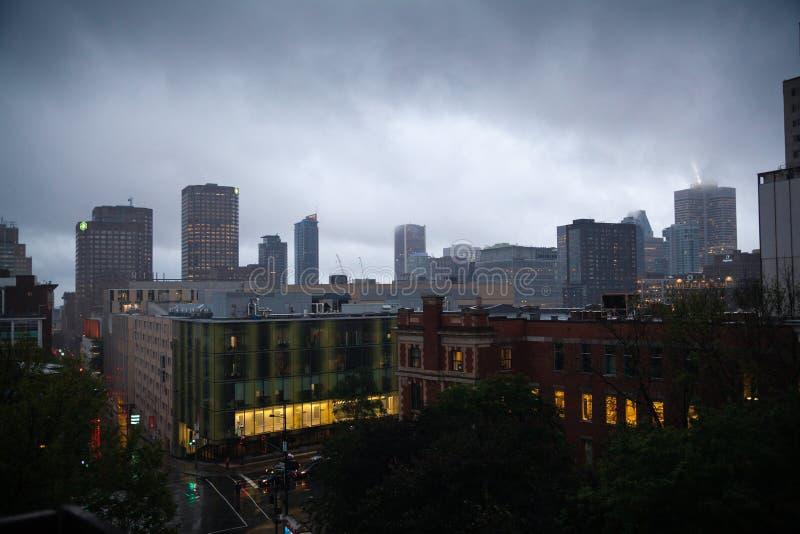 Montreal śródmieście przy deszczem fotografia royalty free