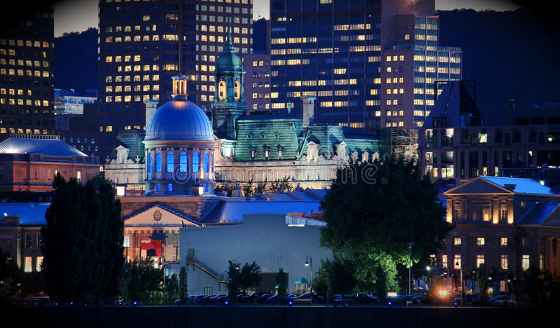 Montreal, Canada - porta di Vieux entro la notte fotografie stock libere da diritti