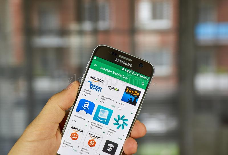 Amazon apps on Samsung S7. MONTREAL, CANADA - SEPTEMBER 29, 2017: Amazon applications on Samsung S7. Amazon.com, Inc., doing business as Amazon is an American royalty free stock photos