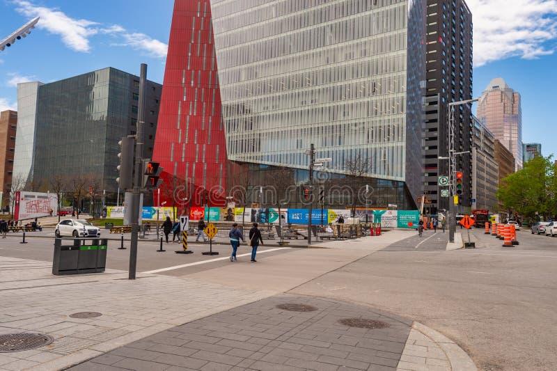 Montreal de stad in in de Lente stock afbeeldingen