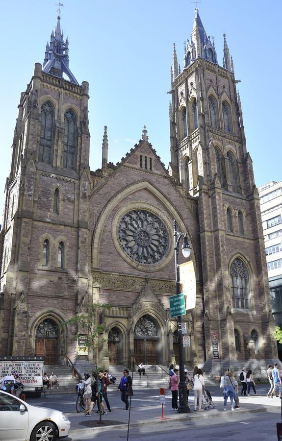 Montreal, 27 juni: De voorgevel van de de Kerkkathedraal van Christus van Stadscentrum van Montreal in Quebec ProvincJ stock foto