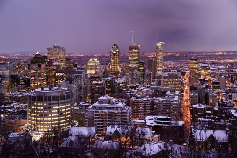 Montreal na noite no inverno fotografia de stock royalty free