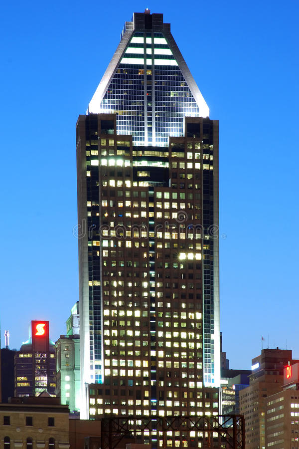 Download Montreal at night editorial image. Image of picturesque - 24740825