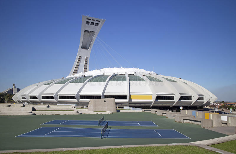 Montreal olimpijski stadium obrazy stock