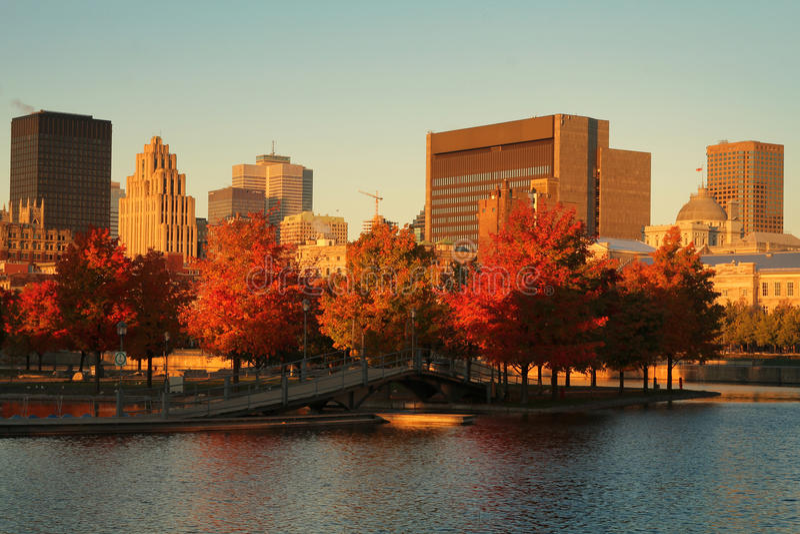 Download Montreal stad arkivfoto. Bild av horisont, lampa, downtown - 27288766