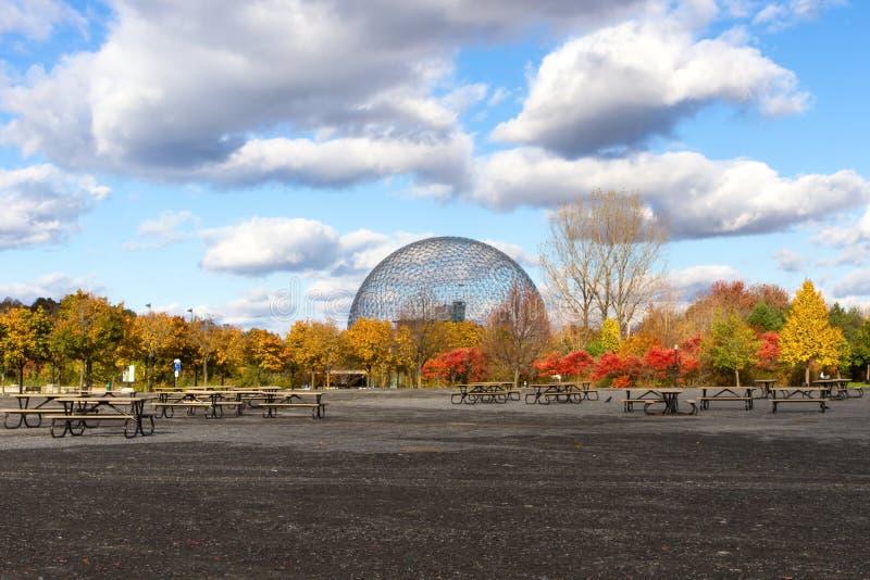 Montreal stad i höst, Kanada royaltyfria bilder