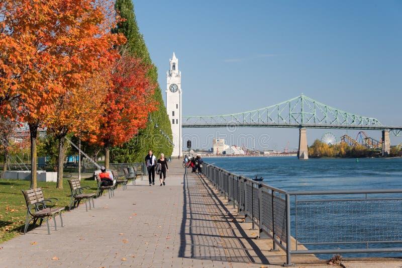 Montreal tar tid på står hög, och Jacques Cartier överbryggar arkivbilder