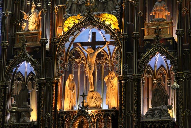 Montreals Notre-Dame basilika fotografering för bildbyråer