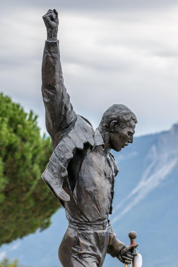 MONTREUX SCHWEIZ EUROPA - SEPTEMBER 15: Staty av Freddie arkivbilder