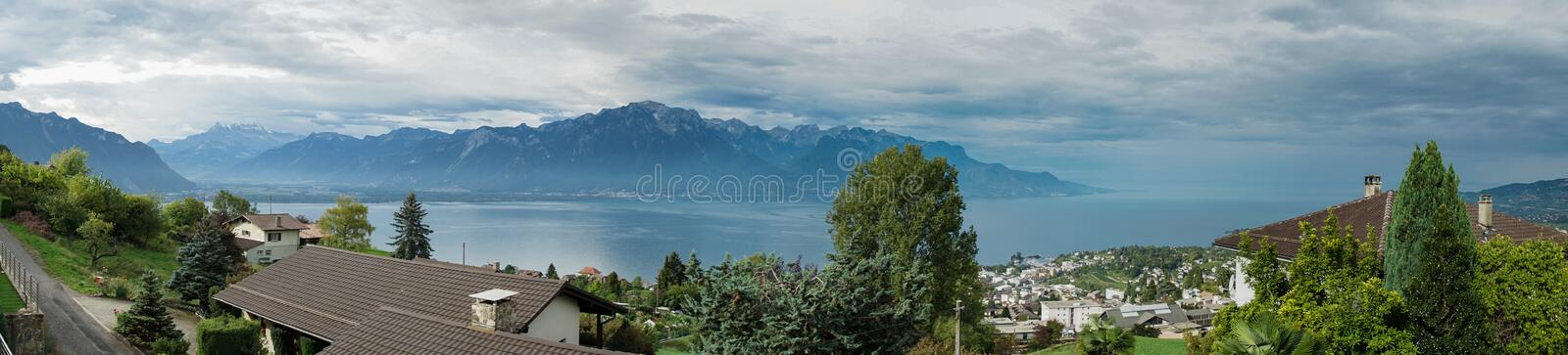 MONTREUX/SWITZERLAND - SEPTEMBER 16 : Panoramic View of Lake Gen. Eva near Montreux in Switzerland on September 16, 2015 stock photography