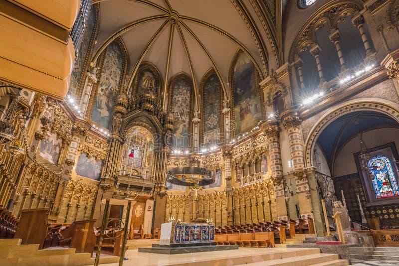 MONTSERRAT HISZPANIA, LUTY, - 20, 2019: Wnętrze bazylika Montserrat monaster w opactwie Santa Maria de zdjęcia stock
