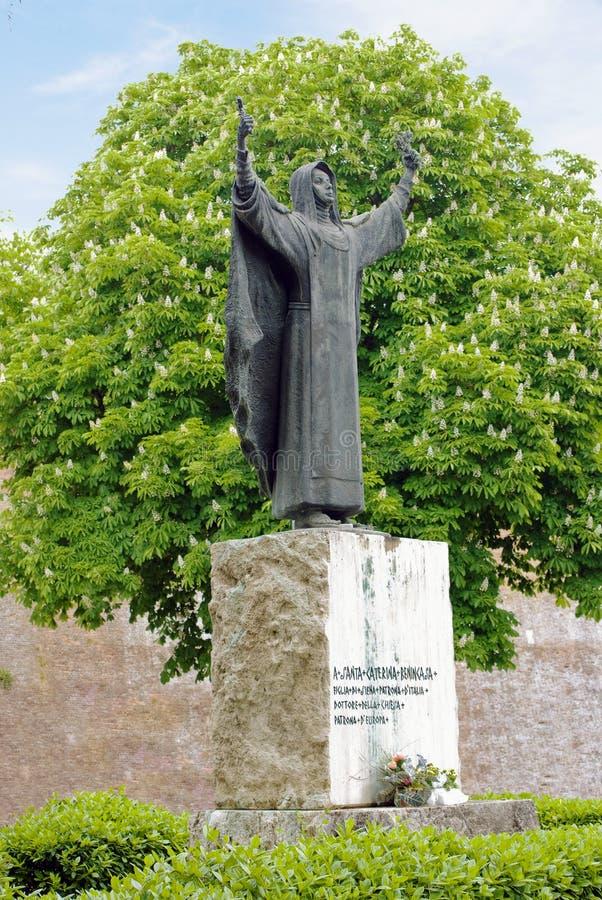 Monument à Catherine de Sienne images stock