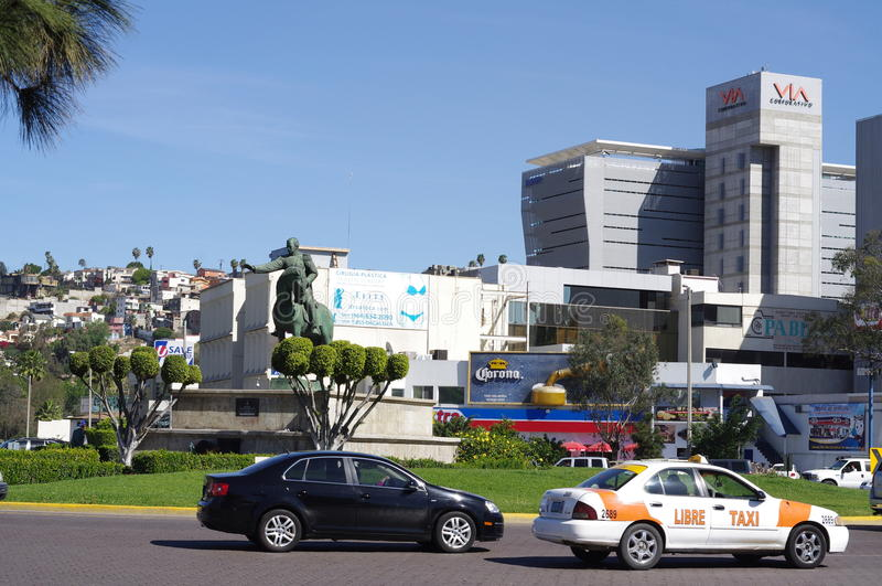Monument à Ignacio Zaragoza dans Zona Rio à Tijuana image stock