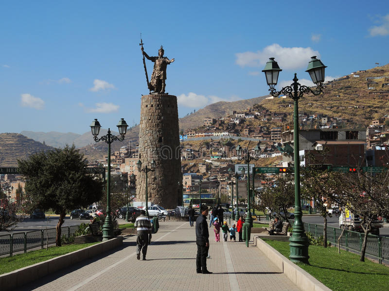 Download Monument à L'Inca, Cusco, Pérou Photographie éditorial - Image du énergie, hispanique: 77159297