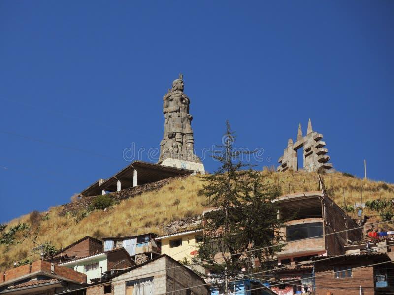 Download Monument à L'Inca Dans Cusco, Pérou Photo stock éditorial - Image du bleu, antique: 77156868