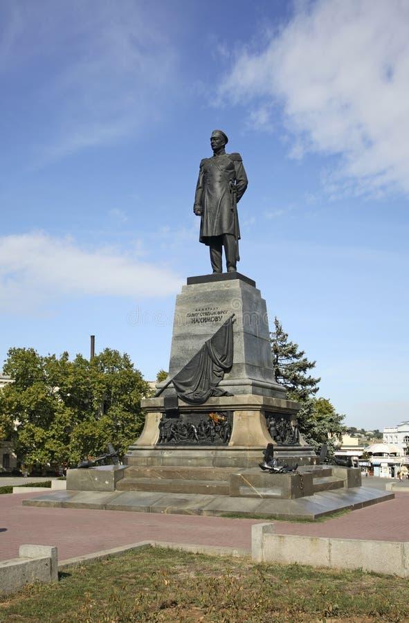 Monument à Pavel Nakhimov à Sébastopol l'ukraine images libres de droits