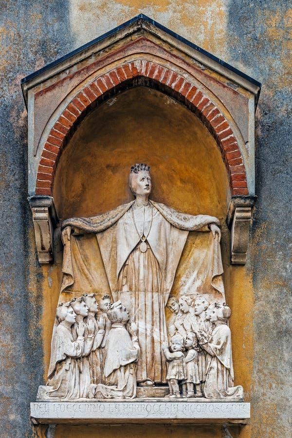 Monument à St Maddalena di Canossa photos stock