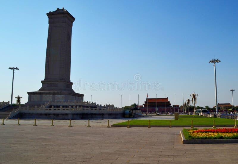 Monument aan de Helden van de Mensen op Tiananmen-Vierkant, Peking, China royalty-vrije stock afbeeldingen