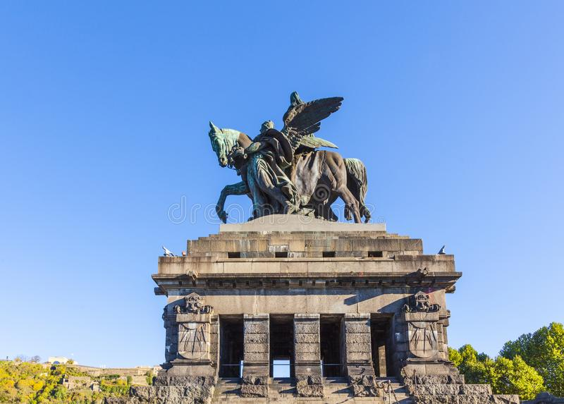 Monument aan de Keizer William van Kaiser Wilhelm I op Deutsches Ecke stock foto
