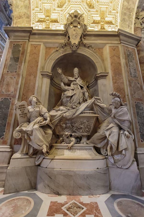 Monument aan Gregorius XIII in Vatikaan stock fotografie