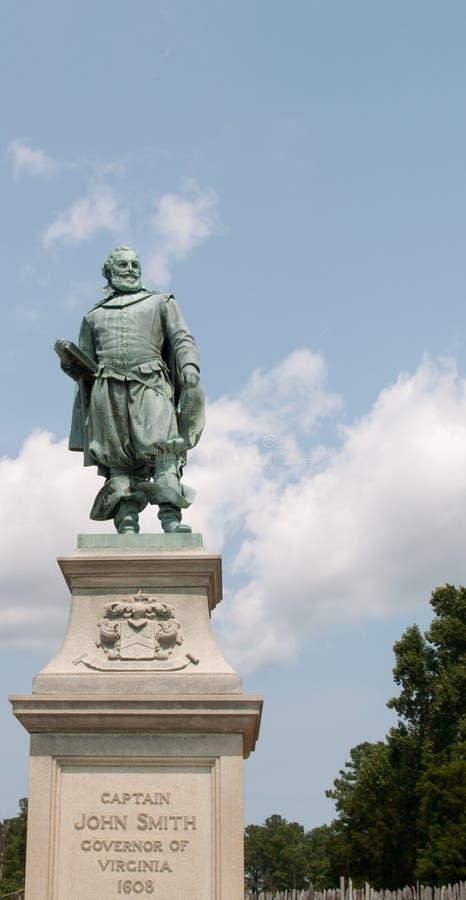 Monument aan Kapitein John Smith in Jamestown, VA stock foto's