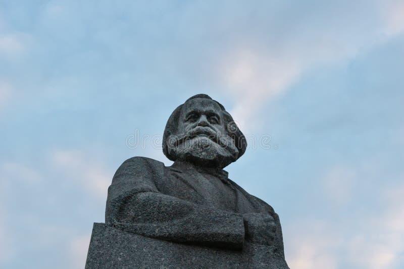 Monument aan Karl Marx in Moskou, Rusland stock fotografie
