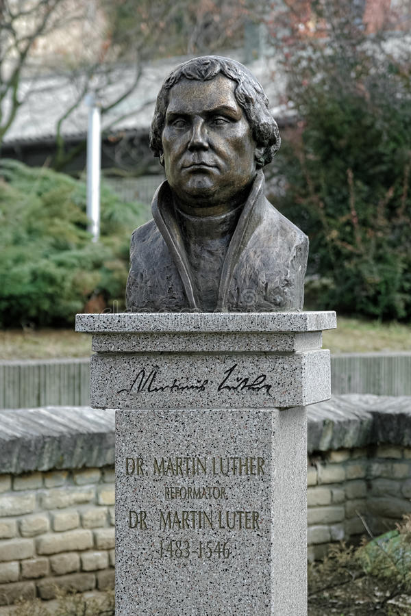 Monument aan Martin Luther in Subotica, Servië royalty-vrije stock foto
