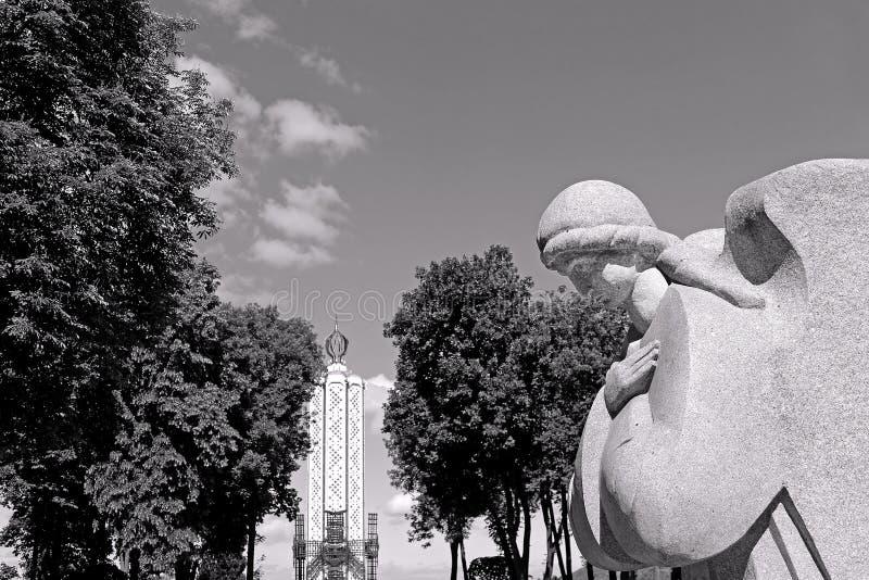 Monument aan miljoenen slachtoffers van de Grote Hongersnood in 1932-1933 stock foto's