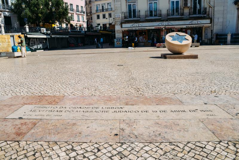 Monument aan slachtoffers van Joodse pogrom op 19 April 1506 in Lissabon, Portugal royalty-vrije stock afbeelding