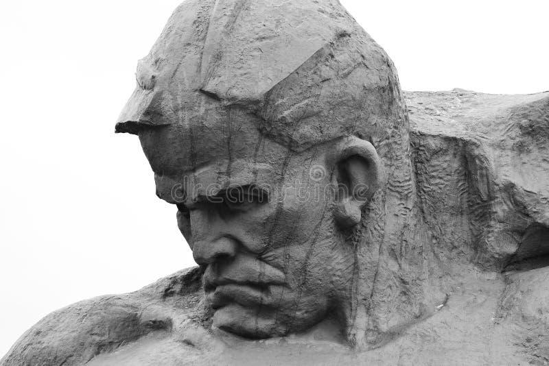 Monument aan Sovjetmilitairen in de vesting van Brest stock afbeeldingen