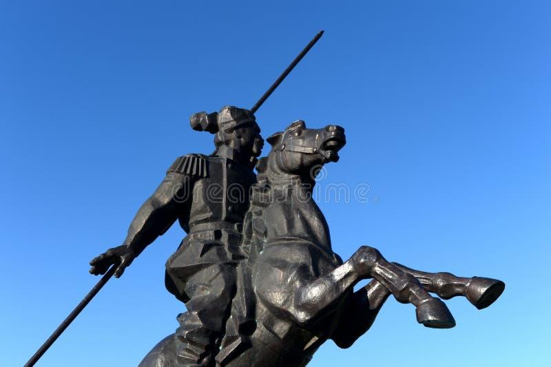Monument aan Yakov Baklanov, Russische algemeen, de held van de Kaukasische Oorlog op de dijk van de Golf van Tsimlyansk-Overzees royalty-vrije stock foto