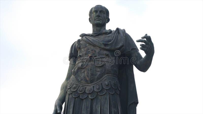 Monument antique en Europe Sculpture antique dans une de la ville de l'Europe barre Statue célèbre antique photos stock